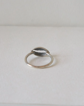 Cowrie Ring – Love The Oceans Collection
