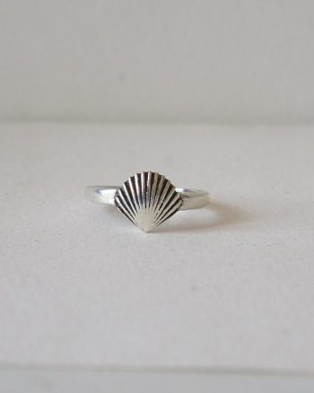 Seashell Ring – Love The Oceans Collection